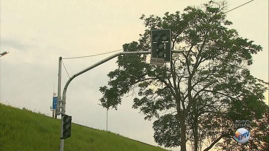 Semáforos são ligados entre as avenidas Castelo Branco e Presidente Kennedy