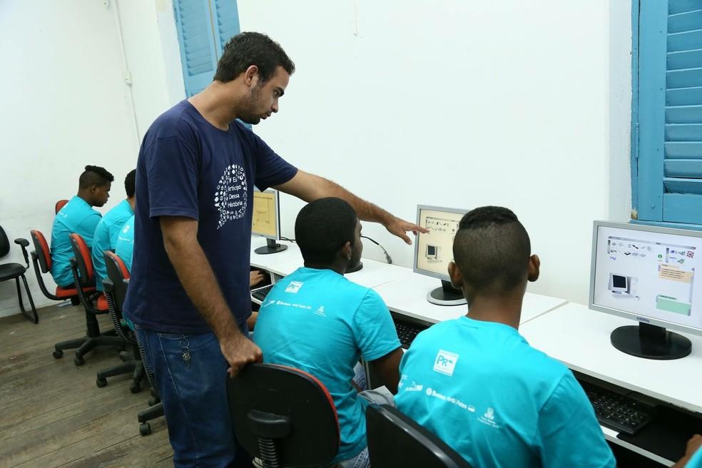 Vagas no Movimento Pró-Criança são para os cursos de Iniciação à Informática  (Foto: José Domingos/Divulgação)