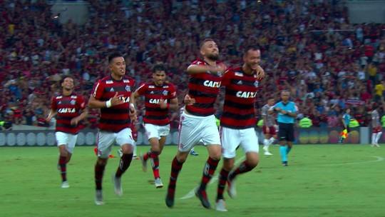 """Coroado com gol, Léo Duarte esconde mal-estar: """"Não dava para perder 1º Fla x Flu no Maraca"""""""