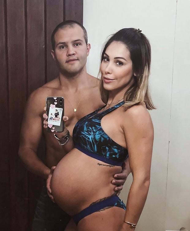 Bella Falconi e o marido, Maguila (Foto: Reprodução Instagram)