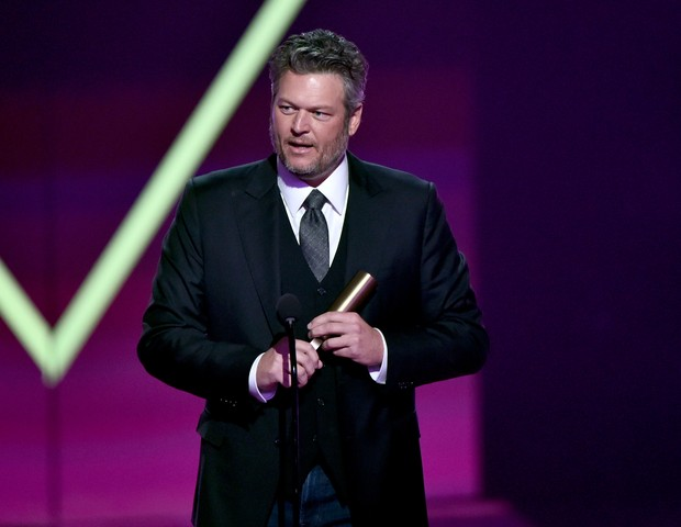 Blake Shelton foi escolhido Artista Country de 2019 (Foto: Getty Images)