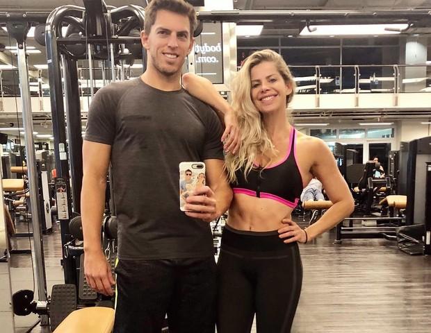 Amaury Nunes e Karina Bacchi (Foto: Reprodução/Instagram)