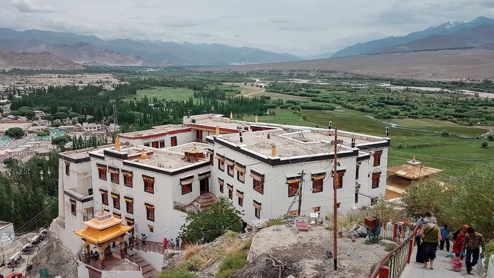 Monastério de Spituk fica a 8 km do centro de Leh, em Ladakh, na Índia (Foto: Rafael Miotto / G1)