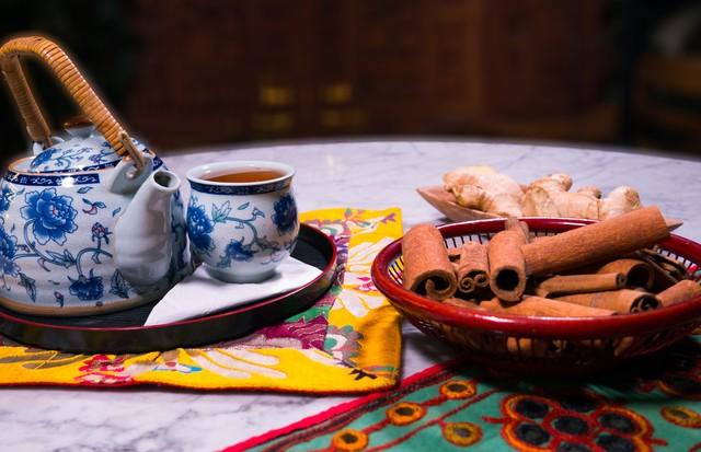 Chá indiano de gengibre e canela promete efeito detox (Foto: Divulgação/Buddah Spa)