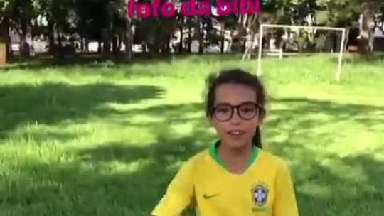 Alerta de fofura: Marta se derrete com vídeos de garotinha habilidosa e compartilha com fãs