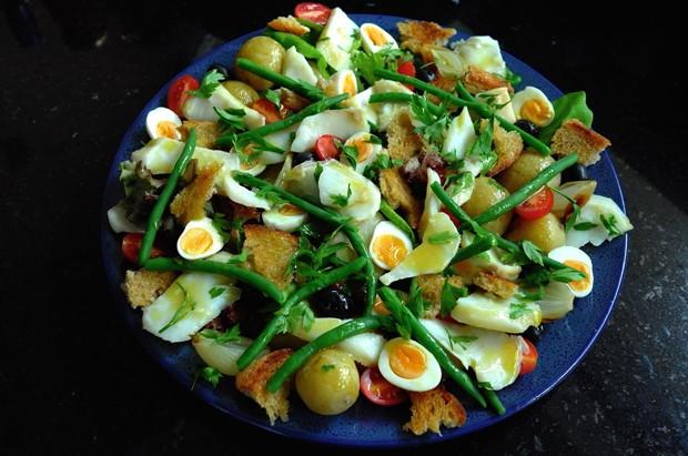 Salada Niçoise com bacalhau (Foto: Andre Lima de Luca)