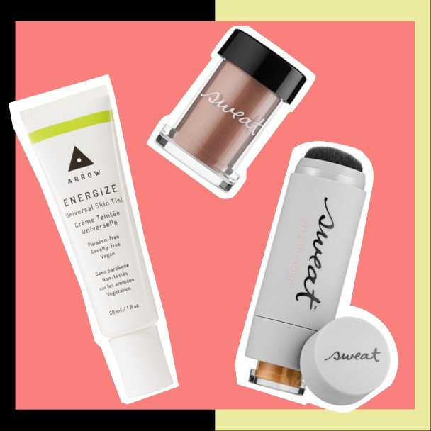 Base Energize Skin Tint, US$ 22, Arrow na birchbox.com; iluminador mineral Gleam On, US$ 24, e base mineral SPF 30 Twist-Brush, US$ 42, ambos Sweat Cosmetics na sweatcosmetics.com (Foto: Divulgação)