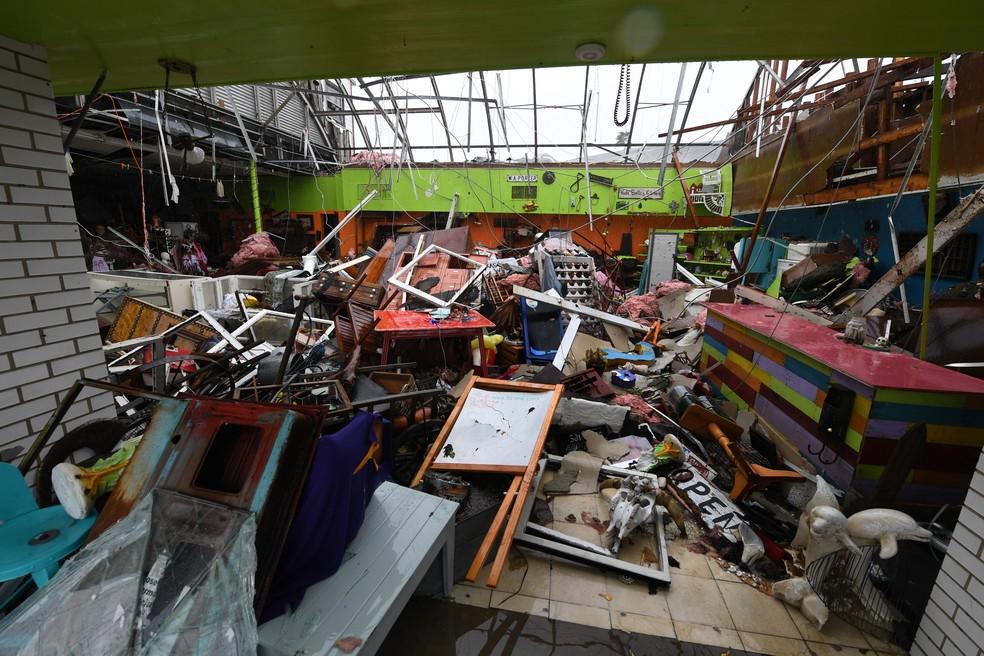 Casa destruída pelo furacão Harvey em Rockport (Foto: MARK RALSTON / AFP)