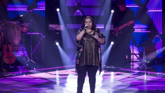 Bruna Farias está no Time Teló, veja como foi a estreia da participante no 'The Voice Brasil'