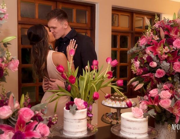 Lucas Perri e Rafaela Oliveira  (Foto: Divulgação)