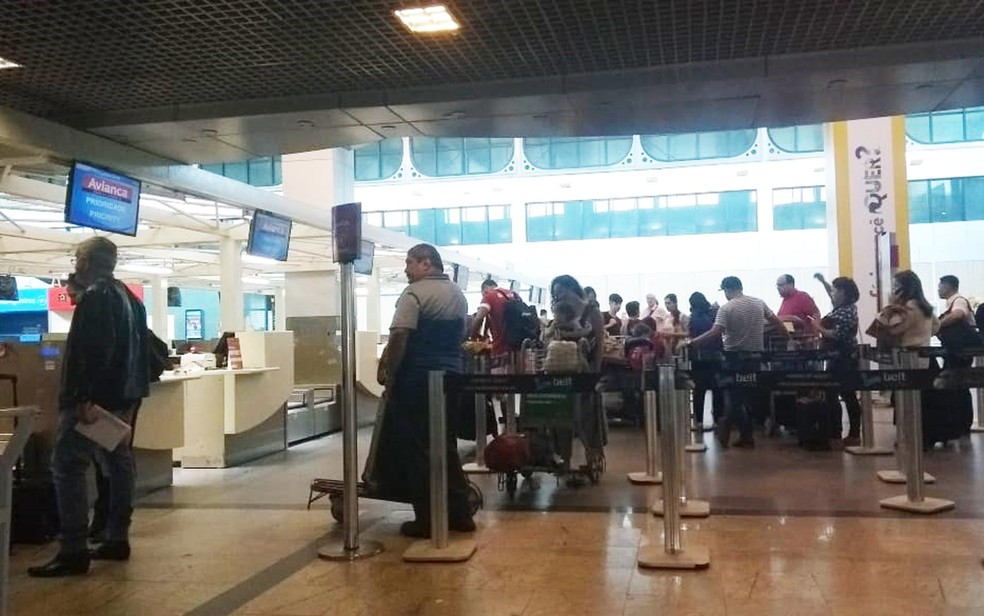 Aeroporto de Salvador funciona normalmente nesta quinta-feira (24) (Foto: Adriana Oliveira/ TV Bahia)
