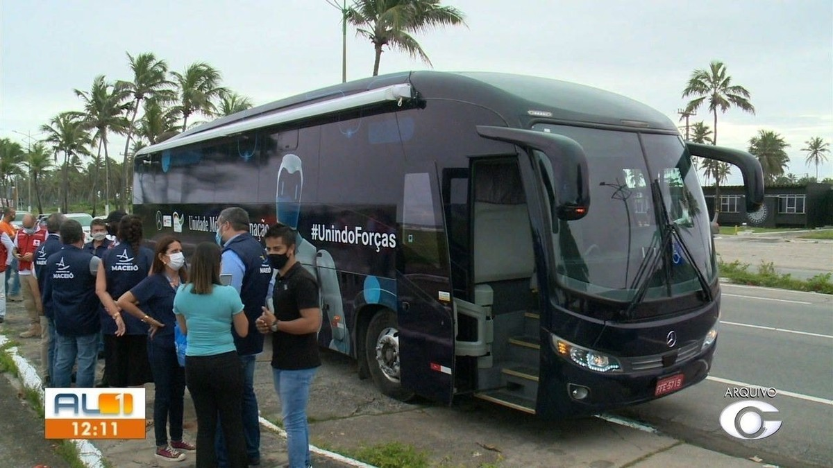 Ônibus da vacina imuniza cerca de 12 mil pessoas contra a Covid em menos de dois meses em Maceió