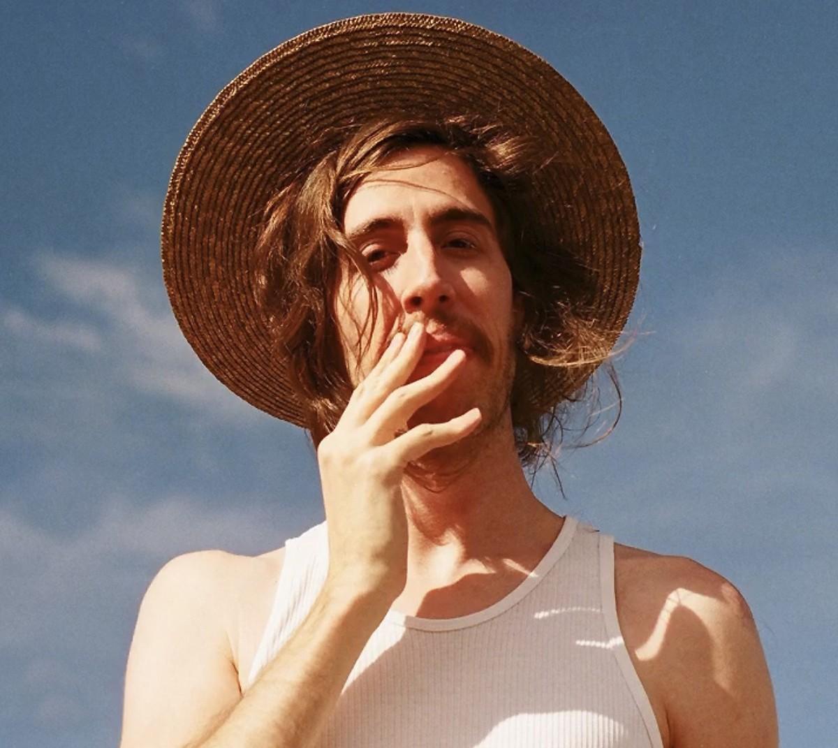 Tim Bernardes canta em português no quarto álbum da banda norte-americana Fleet Foxes