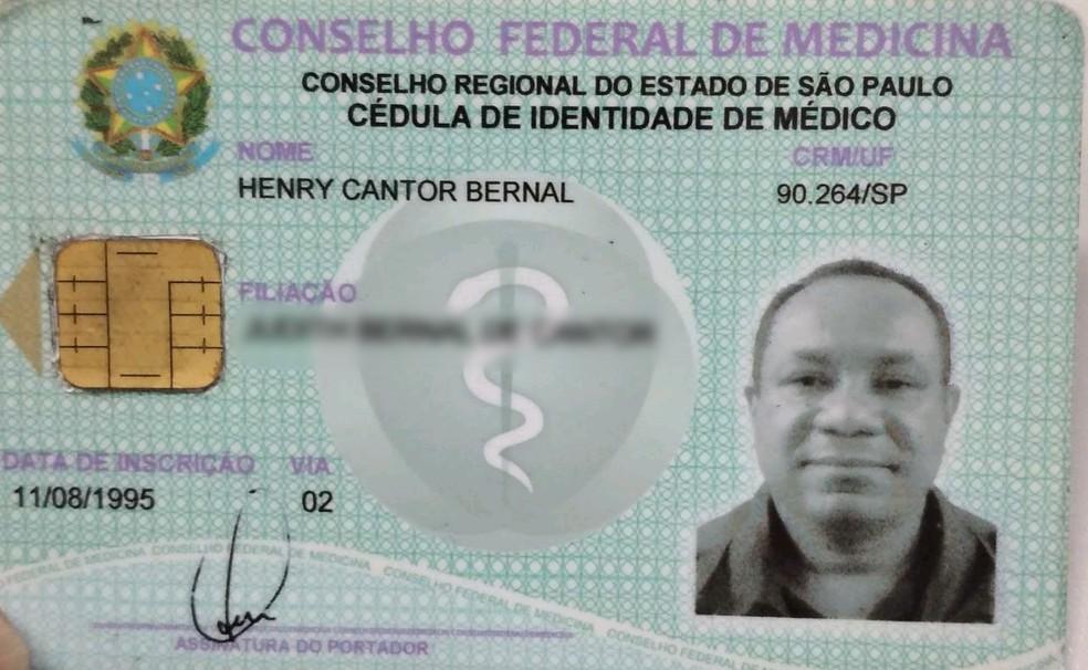 Homem usava nome de médico verdadeiro para atuar em Praia Grande (SP) — Foto: G1 Santos