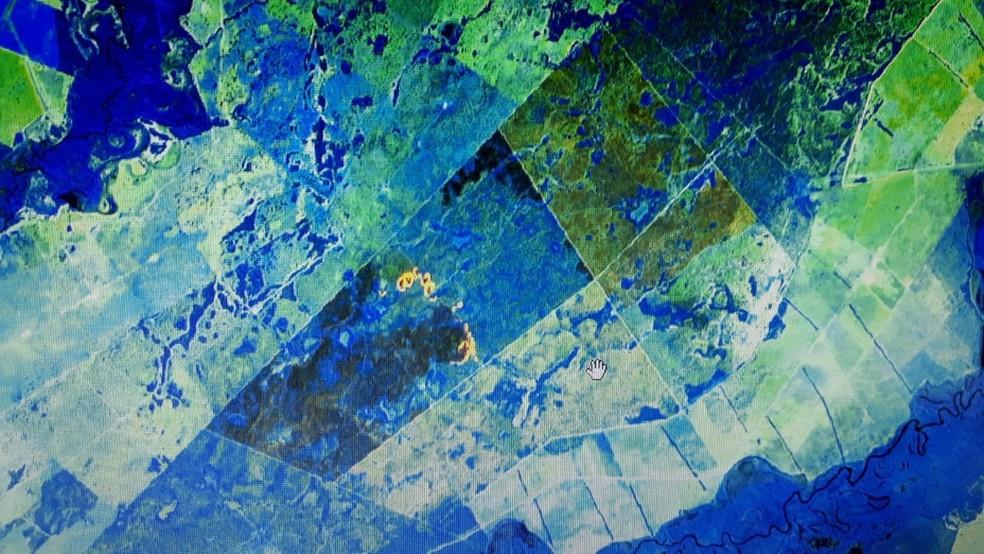 Imagens de satélite: fazendeiro foi multado em R$ 10,4 milhões pela queimada de 1.735,7077 hectares de vegetação nativa do bioma Pantanal Mato-grossense — Foto: MPMT