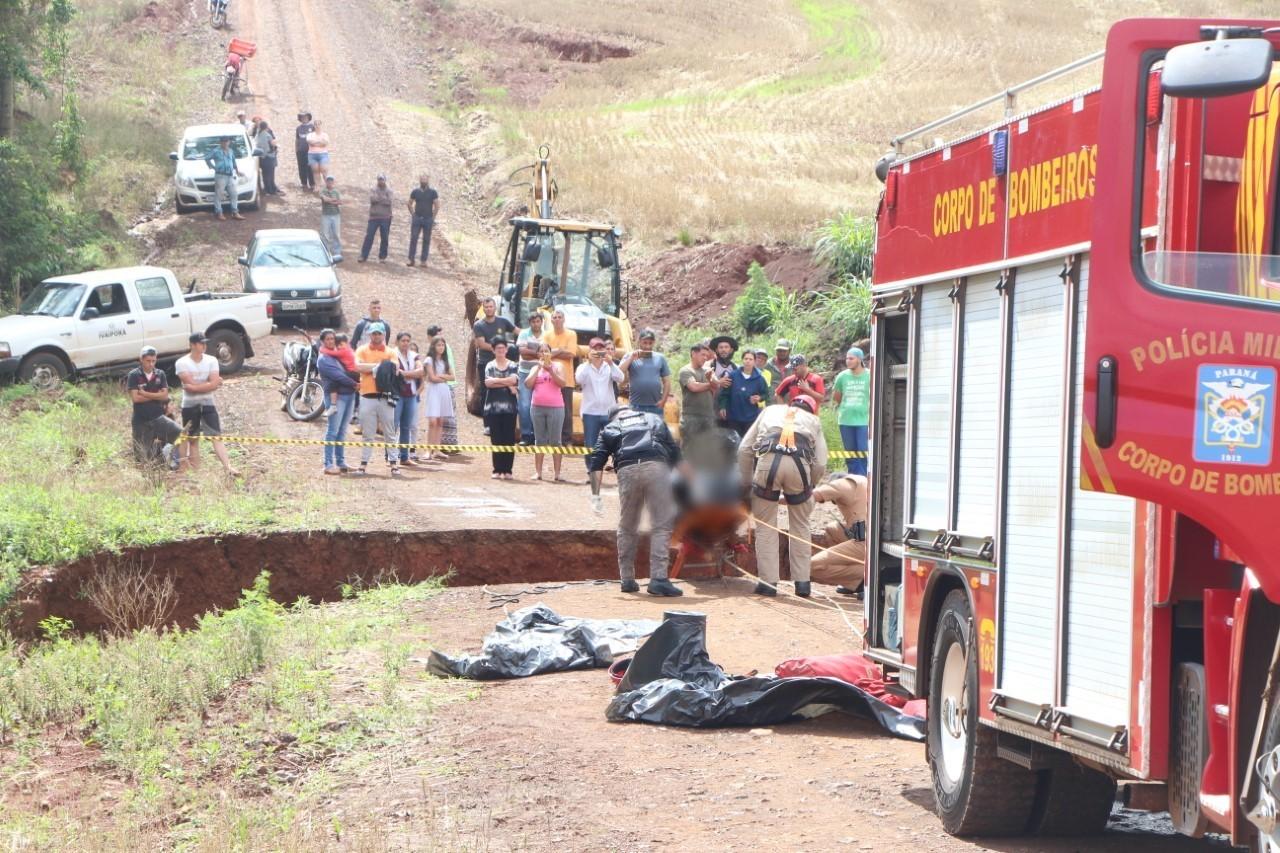 Motociclista morre após moto cair em buraco formado por chuva, em Ivaiporã