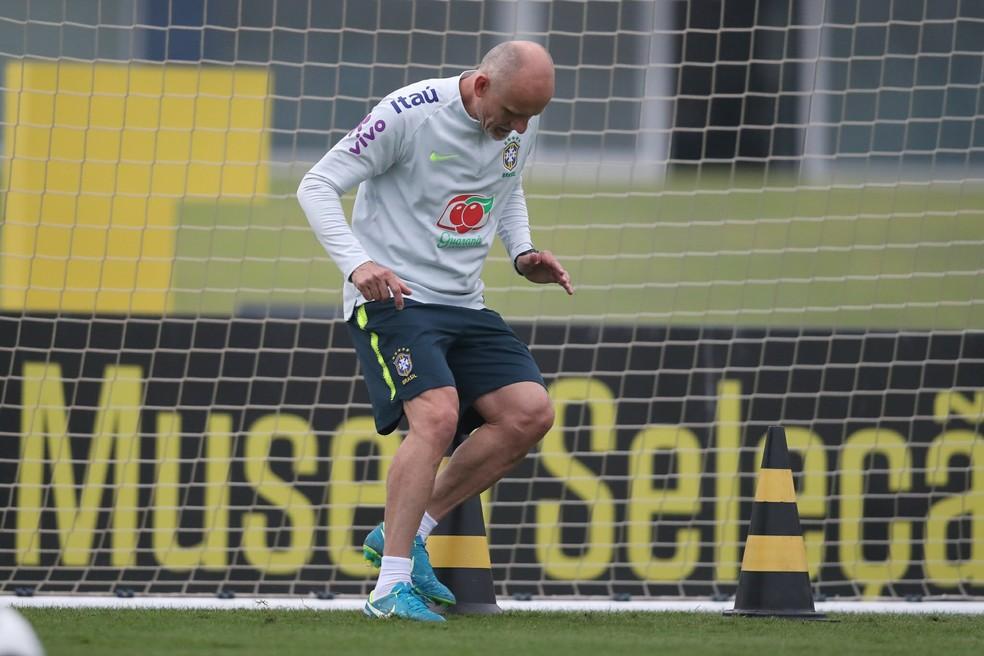 Taffarel treino seleção brasileira Granja Comary (Foto: Lucas Figueiredo/CBF)