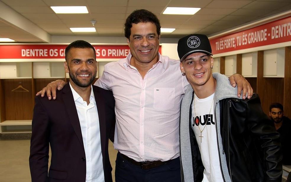 Daniel Alves, Raí e Antony no São Paulo — Foto: Rubens Chiri/São Paulo FC