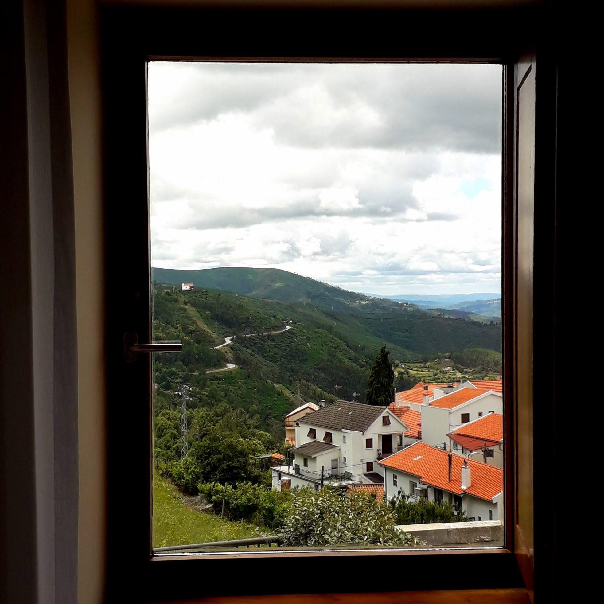 Lapa dos Dinheiros vista da janela das Casas Casadas
