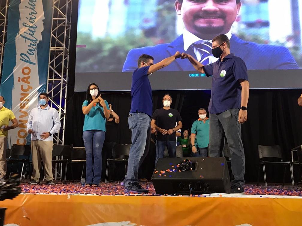 David Almeida e Marcos Rotta eleitos para a prefeitura de Manaus — Foto: Jucélio Paiva - Rede Amazônica.