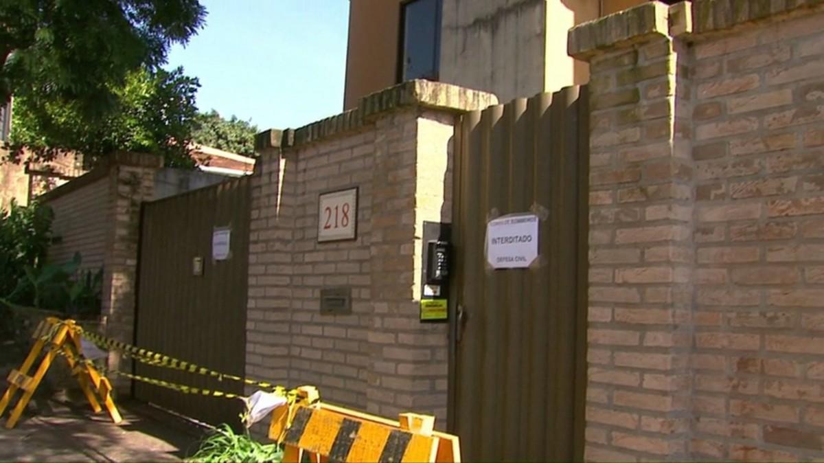 Após chuva, prédio residencial em Toledo é interditado pelos bombeiros