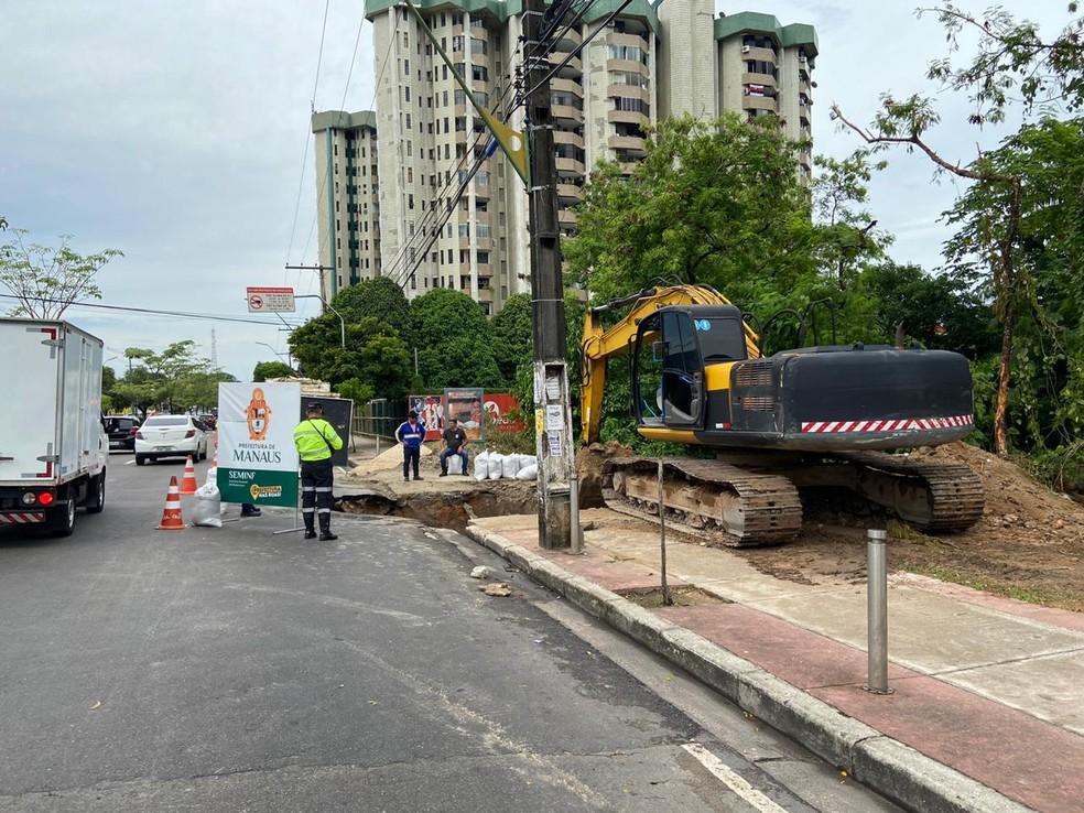 Obras na Av. Djalma Batista devem ser concluídas neste sábado (7) — Foto: Patrick Marques/G1 AM