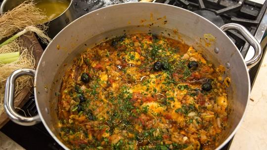 Cação com Alho-poró do chef Roberto Ravioli