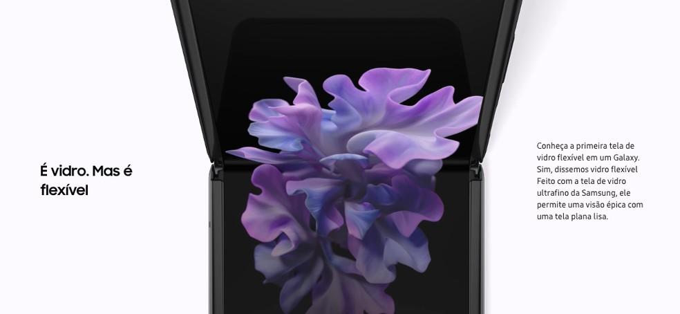 Página oficial do Galaxy Z Flip reafirma uso de vidro, mas não menciona camada protetora — Foto: Reprodução/Samsung