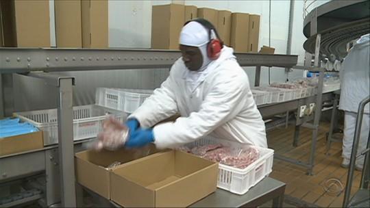 Em SC, exportação de carne suína e de frango tem aumento no 1º semestre