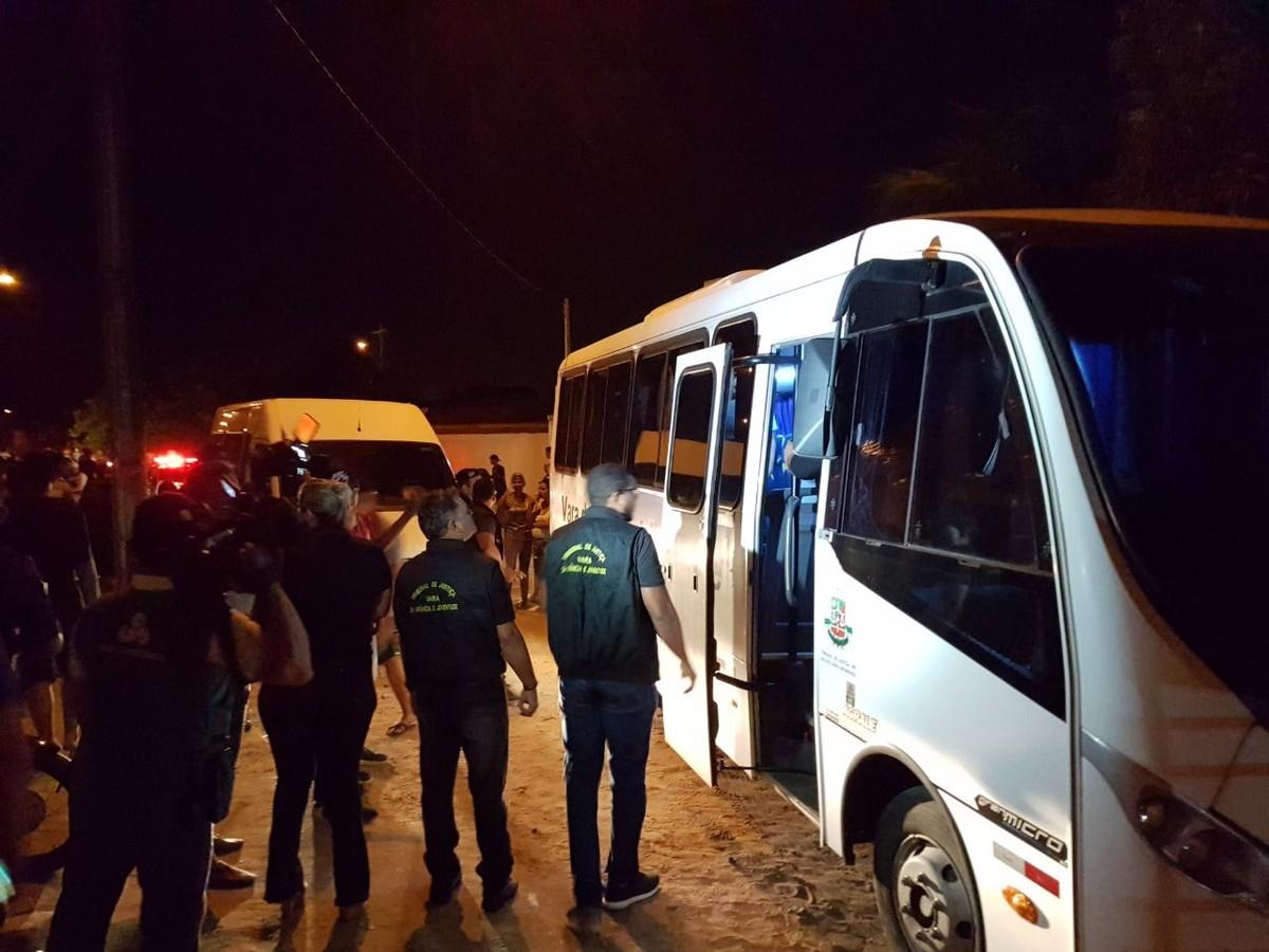 Fiscalização apreende 15 menores em festa clandestina organizada por professor e regada a álcool e drogas em RR