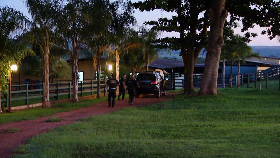 -  Polícia Federal cumpre mandado de busca e apreensão em fazeda da família Picciani em Uberaba  Foto: Reprodução/TV Integração