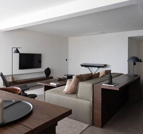 Apartamento de 100 m² combina decoração minimalista e escandinava