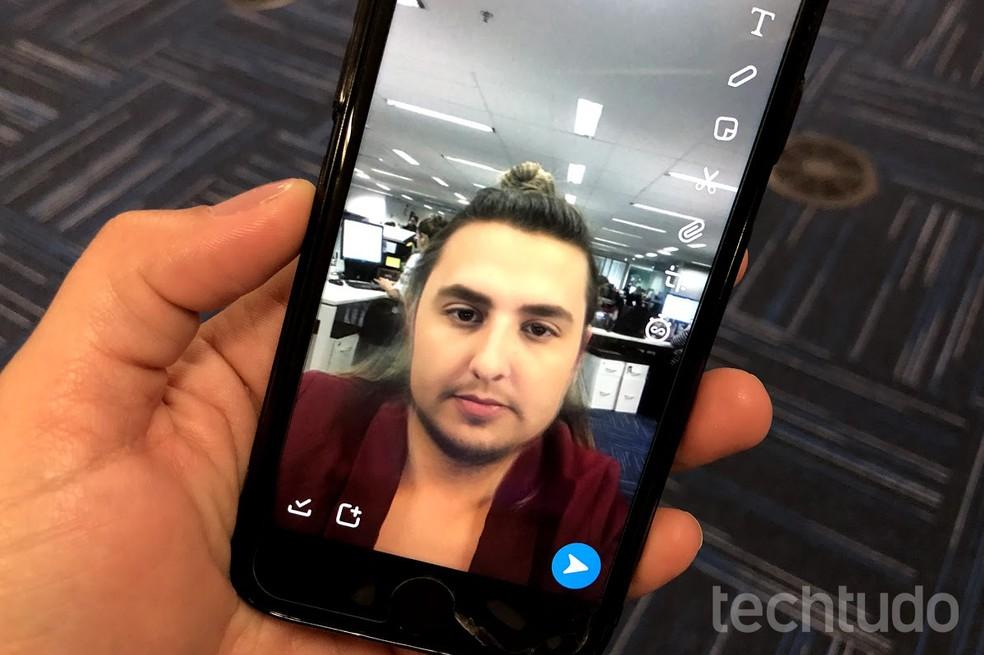 Filtro do Snapchat mostra como você seria se fosse homem/mulher — Foto: Nicolly Vimercate/TechTudo