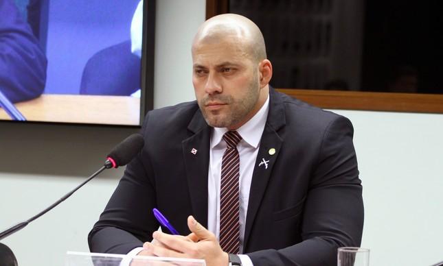 Daniel Silveira está entre bolsonaristas que amenizaram a aproximação do governo com o centrão