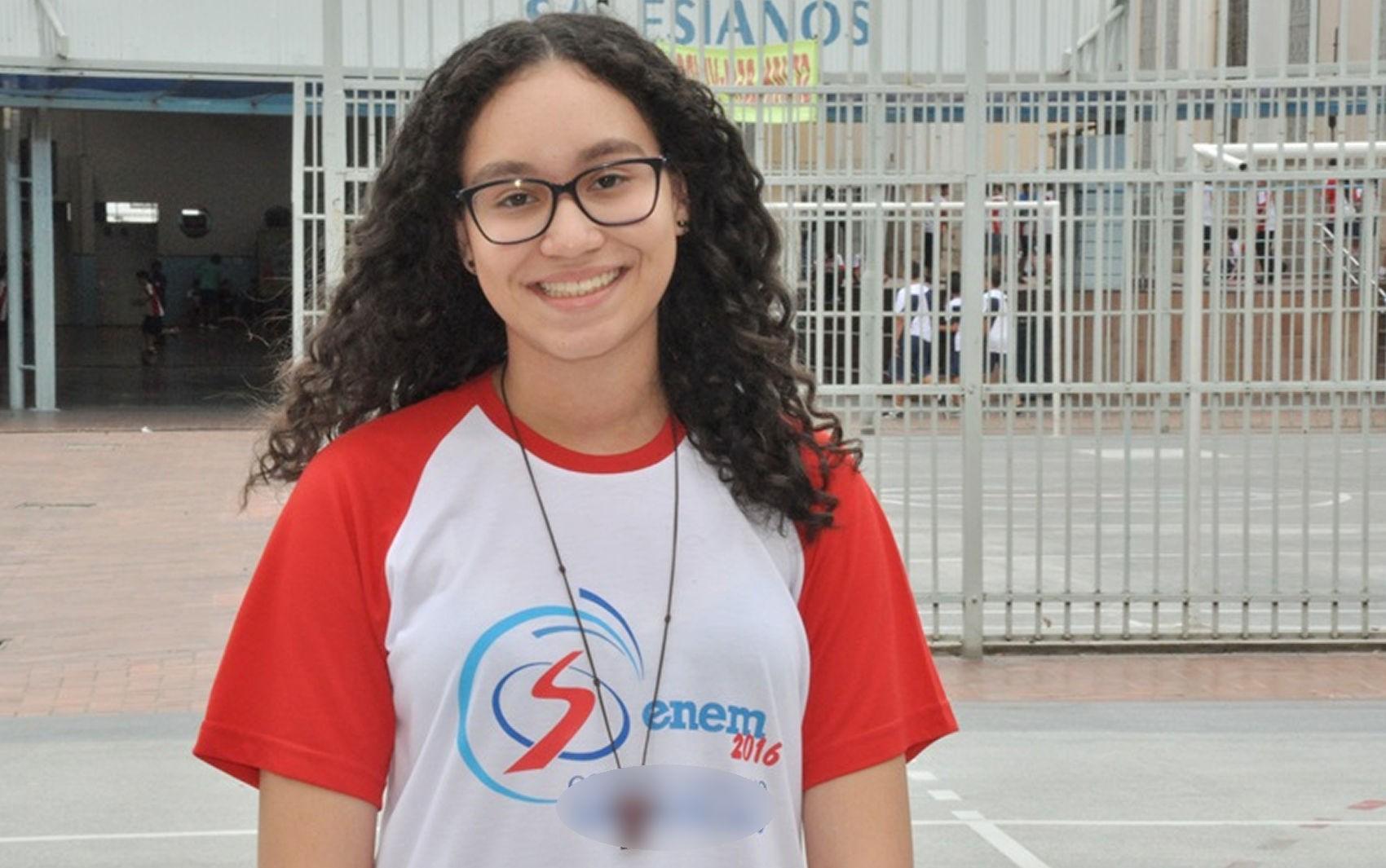 Estudante de Cuiabá tira nota 1.000 no Enem pela 2ª vez e quer cursar medicina: 'Fiquei surpresa'