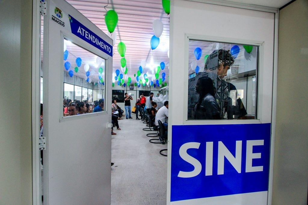Sine Maceió oferta mais de 80 vagas de emprego
