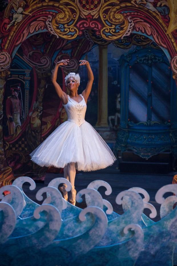 Entrevista com a estrela do balé Misty Copeland (Foto: Rex Features)