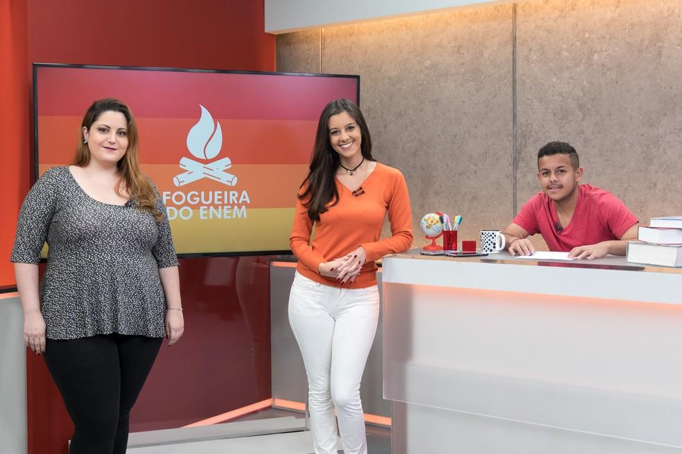 Programa Fogueira do Enem apresentado no dia 30 de junho com a participação da professora Marina Muniz; tema foi matemática (Foto: Marcelo Brandt/G1)