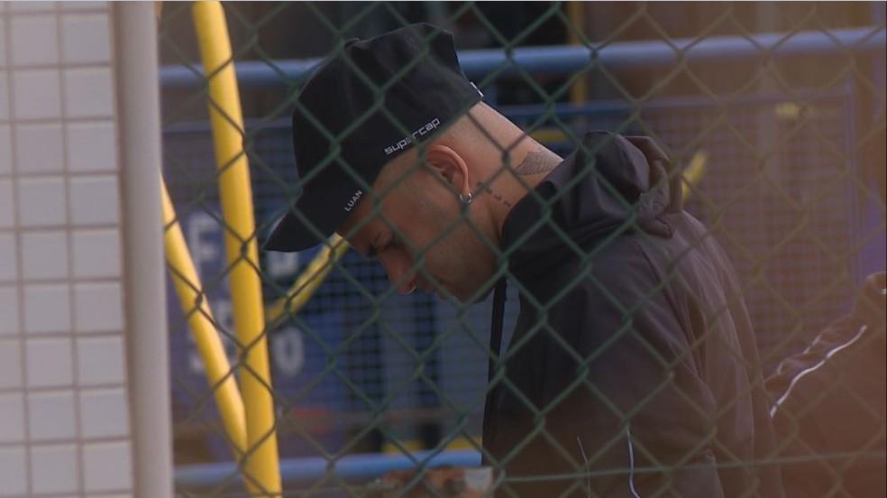 Luan está em Fortaleza, mas não treinou na quinta-feira — Foto: Reprodução / RBS TV
