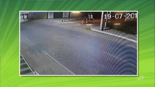 Homens atiram na sede do Icasa e fogem em moto, em Juazeiro