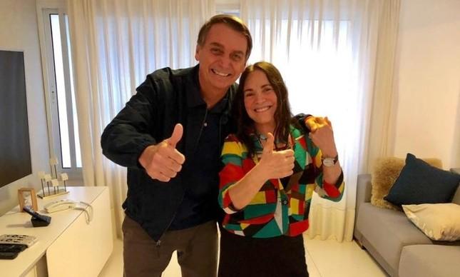 O presidente Jair Bolsonaro e atriz Regina Duarte