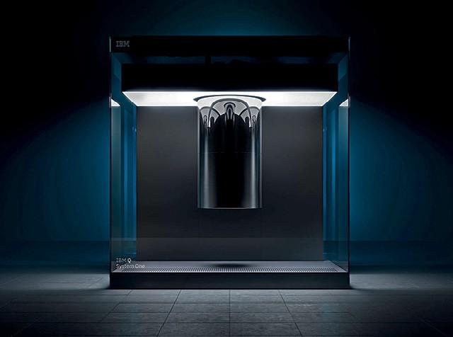 O mundo conheceu em janeiro, em Las Vegas, o primeiro computador quântico de uso comercial abrangente (Foto: Graham Carlow/divulgação )