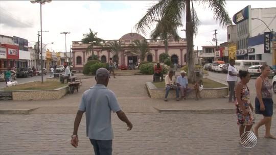 Com queda na arrecadação, prefeitura de São Gonçalo dos Campos demite 60 funcionários