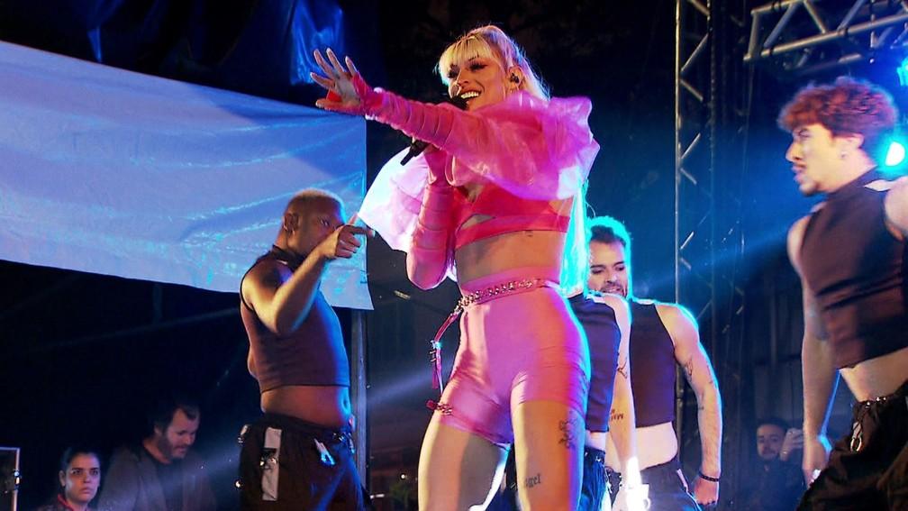Pabllo Vittar faz show na Virada Cultural em SP — Foto: Foto: Reprodução/ TV Globo
