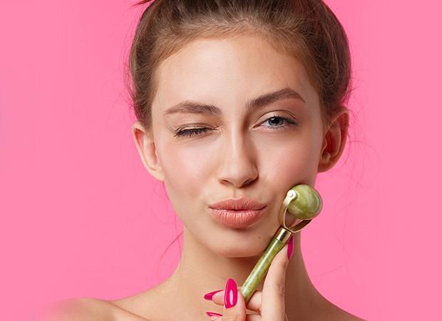 Aprenda a fazer automassagem facial (Foto: Envato Elements)