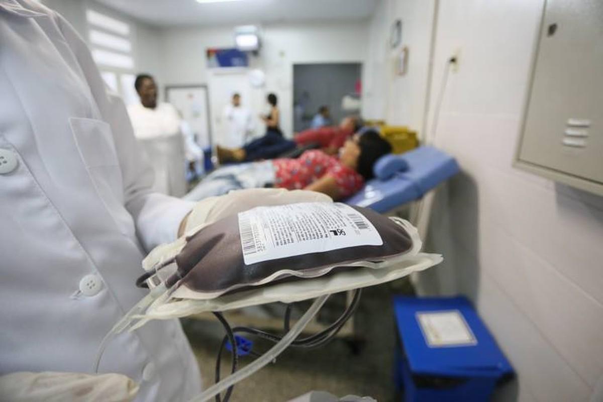 Com estoque baixo, Hemocentro de Campos, RJ, precisa de doações de sangue
