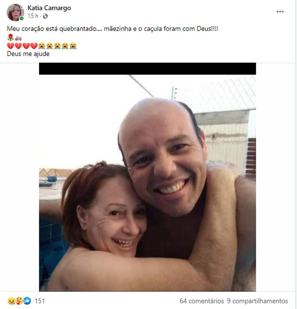 George Luis de Camargo com a mãe em Sorocaba (SP) — Foto: Facebook/Reprodução