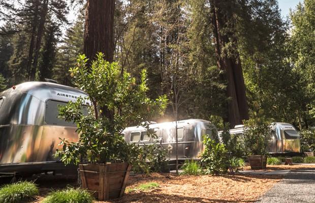 Hotel na Califórnia hospeda pessoas em trailers vintage (Foto: Autoesporte)