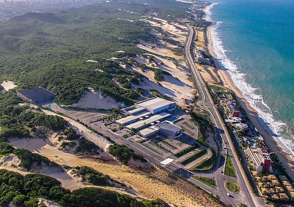 Via Costeira, em Natal, concentra os principais hotéis da cidade  — Foto: Canindé Soares