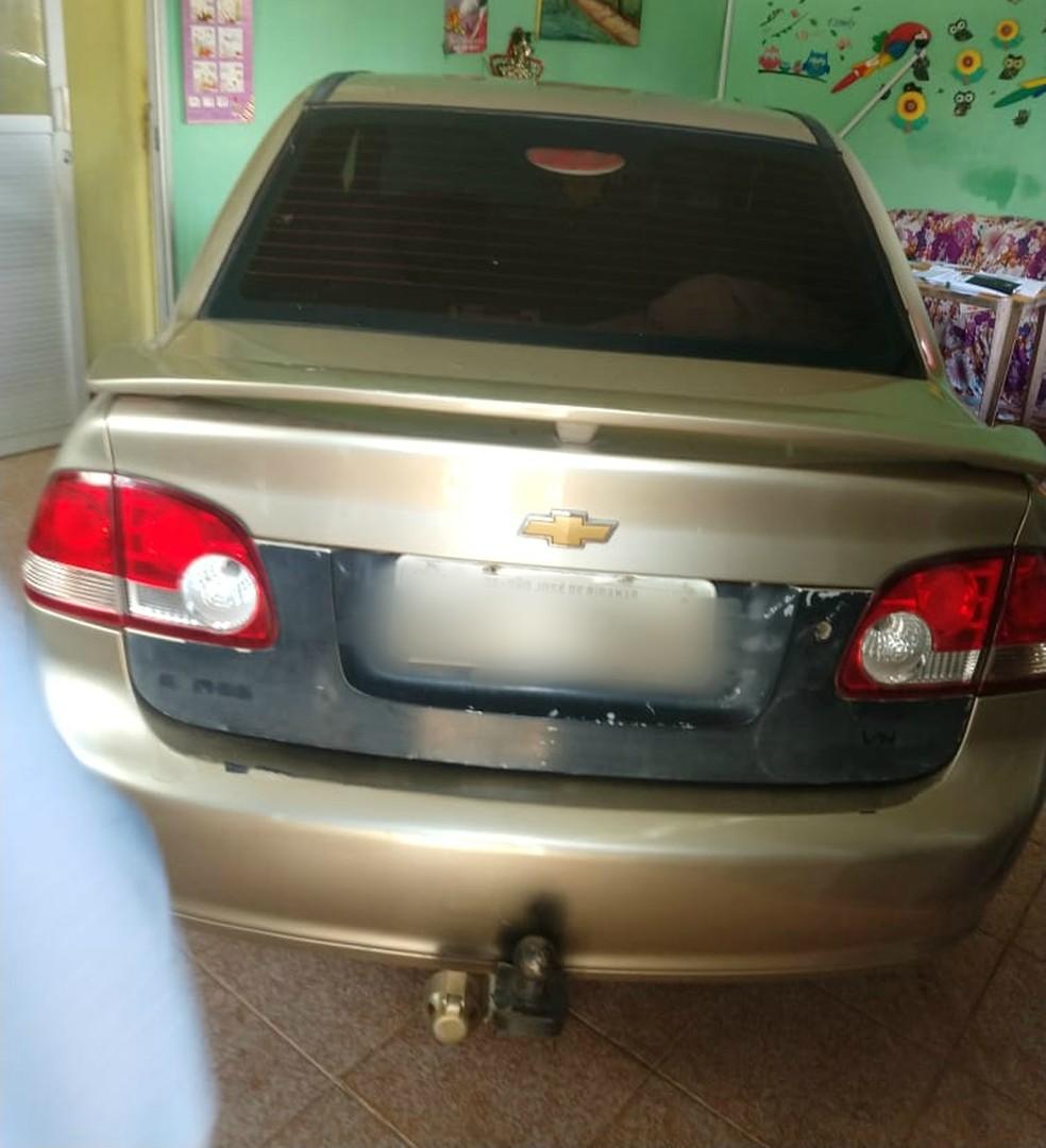 Carro apreendido com suspeito de atirar contra PM em tentativa de assalto em Paço do Lumiar — Foto: Divulgação